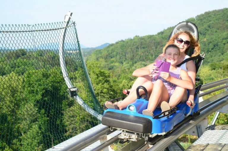 Smiley-Faces-at-the-coaster-pigeon-forge