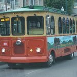 gatlinburg-trolley-on